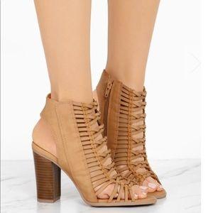 Chunky heel woven sandal zipper enclosure